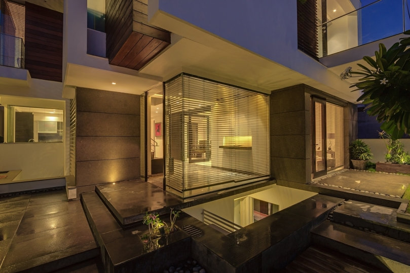 the-asian-dream-home-with-perfect-modern-interiors-new-delhi-india-6
